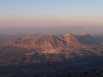Bedmar y Garcíez - Image: Bedmar desde el Cerro Aznaitín