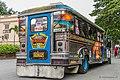 Bemalter Jeepney-Bus - panoramio.jpg