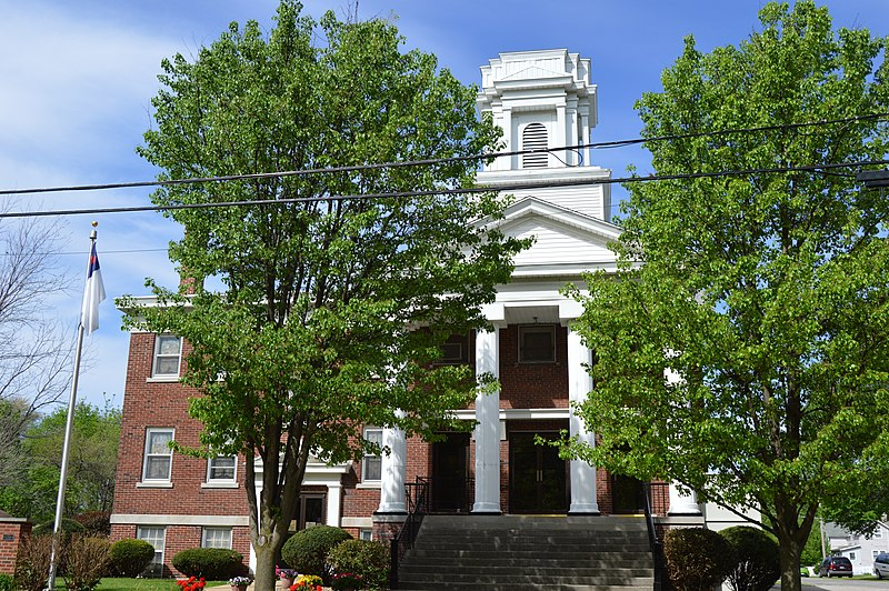 File:Bement First Presbyterian Church.jpg
