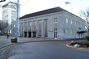 Zürich Wiedikon railway station - The station building from the street