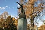Bider-Denkmal (Bronzeplastik - Hermann Haller 1924) 11.jpg