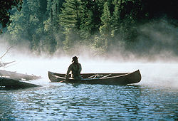 Bill Mason in canoe 01.jpg