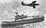 Blackburn Baffin über HMS Eagle.jpg