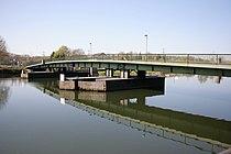 Bochum Dahlhausen - Schwimmbrücke 02 ies.jpg