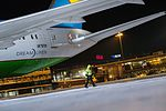 Boeing 787 Dreamliner at Riga Airport (32457154866).jpg