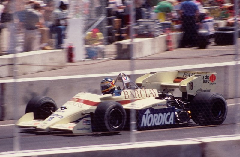 800px Boutsen Arrows A7 1984 Dallas F1 Interview ex coureur Thierry Boutsen