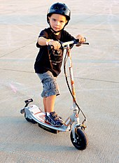3 Wheel Scooter >> Motorized scooter - Wikipedia