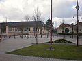 Breuil-le-Sec - Ecole et Place de la République.JPG