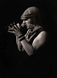 29a060afcfa This is the first album to feature Brian Johnson as vocalist. Rehearsals  for Back in Black ...