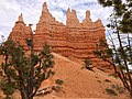 Bryce Canyon from scenic viewpoints (14680241755).jpg
