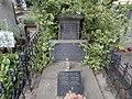 Bubenečský hřbitov, hrobka Malovců z Malovic.jpg