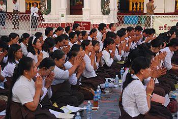 Buddha worshippers, Shwedagon Pagoda, Yangon, Myanmar.jpg