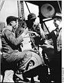 Bundesarchiv Bild 183-67351-0002, Malchow, politische Besprechung.jpg