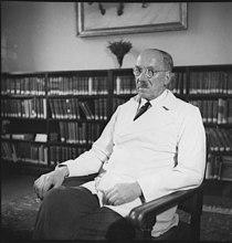 Bundesarchiv Bild 183-S75122, Ferdinand Sauerbruch.jpg