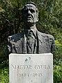 Bust of Gyula Magyar by István Paál, 1984 in the Upper garden of Buda Arboreta. - Budapest.JPG