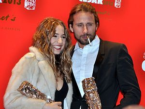 Matthias Schoenaerts - Schoenaerts holding his award at the 2013 César Awards ceremony.