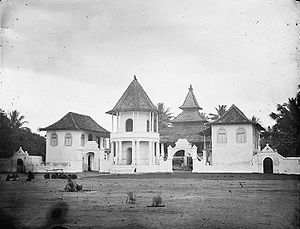 Jepara - Image: COLLECTIE TROPENMUSEUM Moskee Indonesië T Mnr 10016740