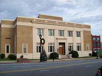National Register of Historic Places listings in Caldwell County, North Carolina - Image: Caldwell County Courthouse Lenoir, NC