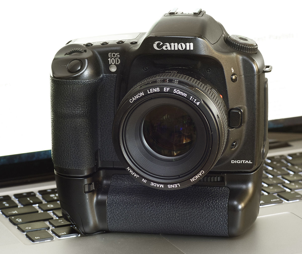 canon bg ed3 wikipedia rh en wikipedia org canon eos10d manual canon eos 100d manual download