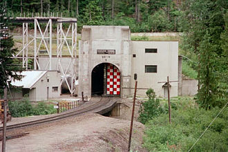 Cascade Tunnel - Image: Cascade Tunnel