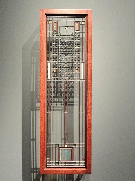 File:Casement Window, about 1904, Frank Lloyd Wright, American, leaded glass in metal frame - Cleveland Museum of Art - DSC08948.JPG