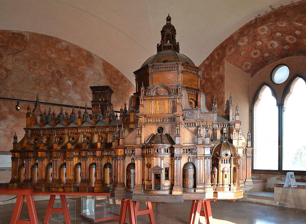 Castello Visconteo (Pavia) - modello del duomo.JPG