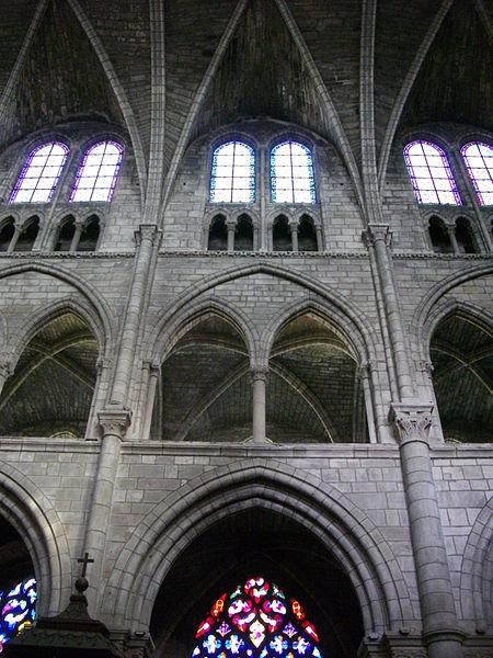 Interior of Notre-Dame-en-Vaux collegiate church in Châlons-en-Champagne (Marne, France)