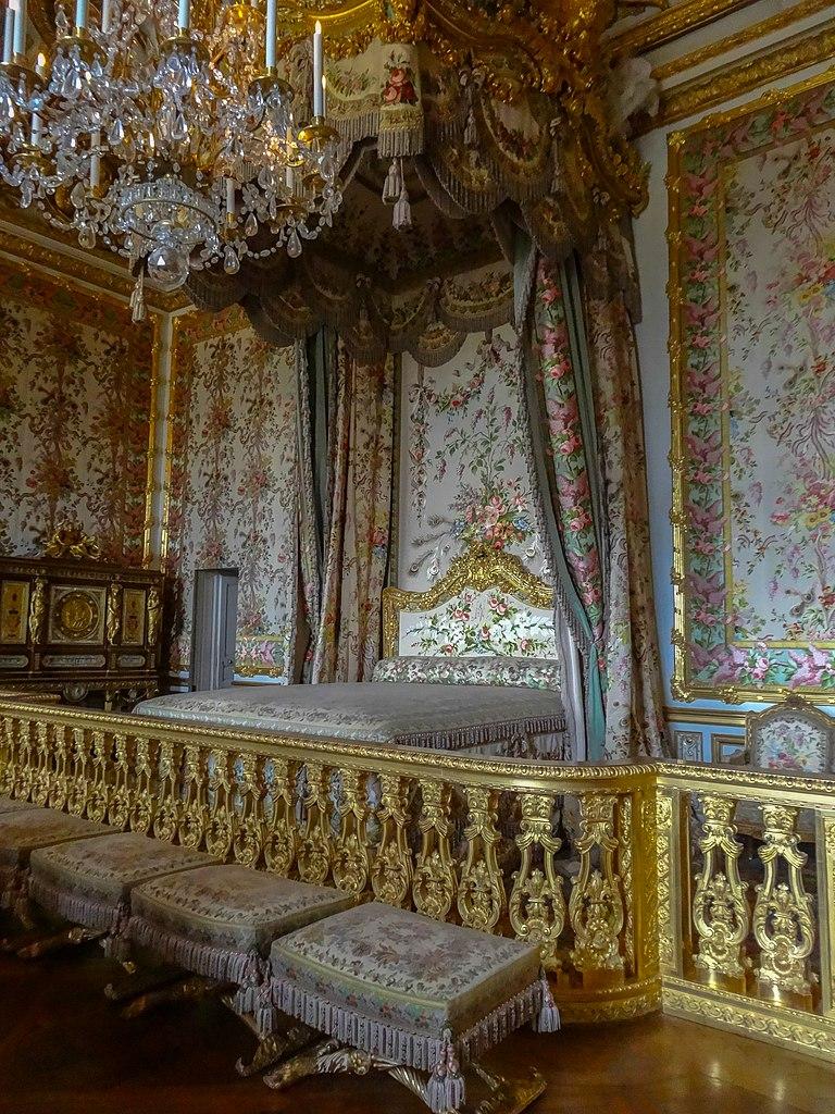 File ch teau de versailles la chambre de la for Chambre de la reine versailles