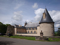 Château de Villeneuve-Lembron DSC01329.jpg