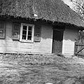Chałupa drewniana. - Złaków Borowy - 000482n.jpg
