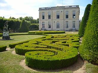 Bouges-le-Château - The Château de Bouges