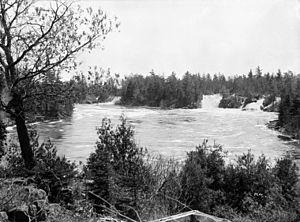 O'Connor's chute of Chats Falls, Ottawa River,...