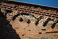 Chiesa di San Martino - Bacini ceramici posti sulle murature esterne del transetto (particolare).jpg