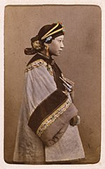 Chinese woman in Shanghai (ca. 1870-1872), J. Thomson.jpg