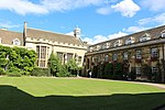 Christ's College, Cambridge - First Court 01.JPG