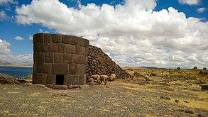Chullpa Inka en Sillustani, Puno