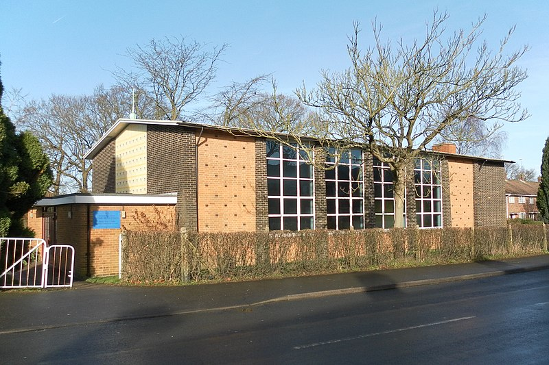 File:Church of Our Lady Queen of Heaven, Langley Green, Crawley (Jan 2013).JPG