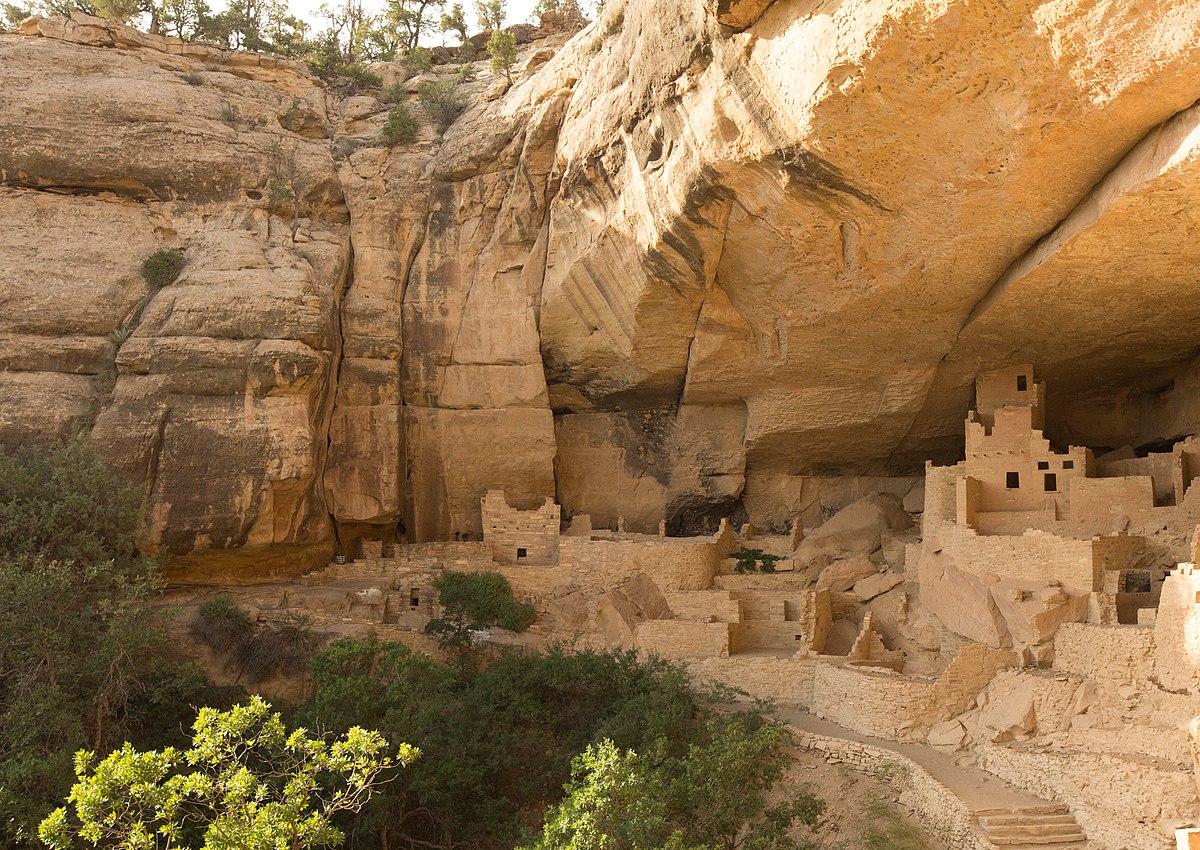 File:Cliff Palace, Mesa Verde CO - panoramio (1).jpg ...