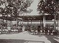 Collectie NMvWereldculturen, RV-A142-1-4, Foto, 'Het korps Wirobrodjo tijdens de Garebeg-feesten in de Kraton van Yogyakarta', fotograaf K. (Kassian) Céphas, 1888.jpg
