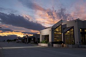 Colorado Springs Airport - Image: Colorado Springs Airport Terminal Building