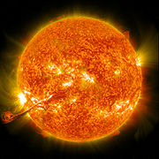 Coronal mass ejection erupts on the Sun, 31 August 2012.jpg