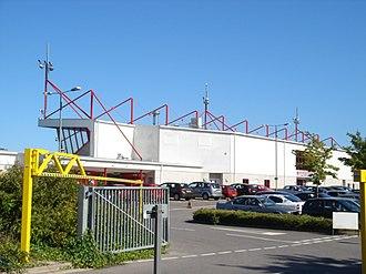Broadfield Stadium - Image: Crawley Entrance to Broadfield Stadium