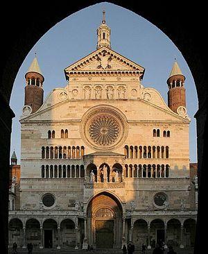 Cremona Cathedral - Façade