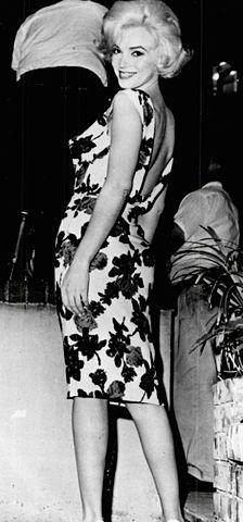 Мэрилин Монро во время съёмок фильма «Что-то должно случиться» (1962)