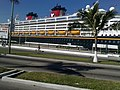 Crucero Disney - panoramio.jpg