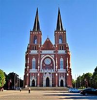 Częstochowa Katedra front 2.jpg