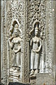 Décors du temple Ta Prohm (Angkor) (6844859810).jpg
