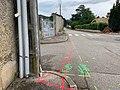Déploiement de la fibre à Beynost (rue centrale) - marquage au sol (juin 2020) - 2.jpg
