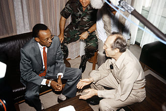 Paul Kagame - Vice President Kagame with United States Secretary of Defense William Perry in July 1994