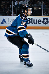 Heatley in a Sharks preseason game in 2009 64ad220bb